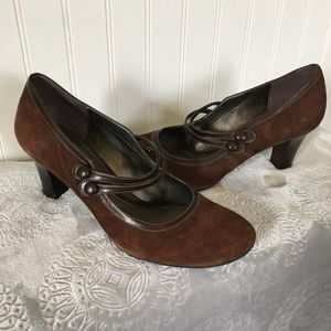 Naturalizer Brown Suede Shoe, Like New Condition!
